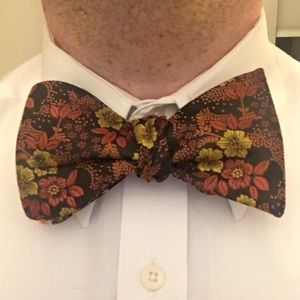 Autumn Colored Self Tie Adjustable Bow Tie